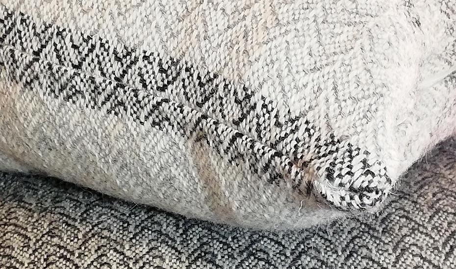 Cojines de lana merino y alpaca.