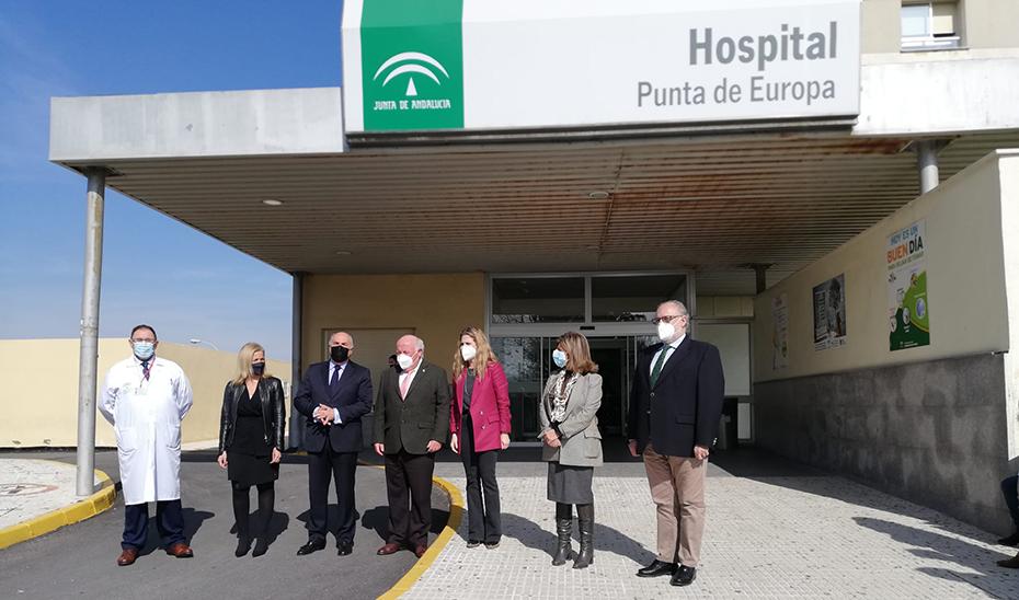 Jesús Aguirre comprobó las obras de mejora y modernización realizadas en el Hospital Punta de Europa.