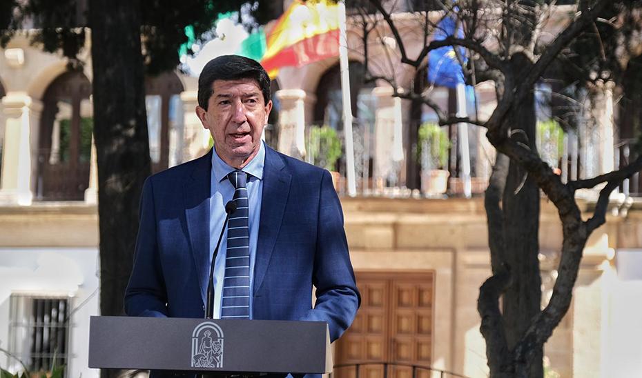 Juan Marín anuncia la cesión al Ayuntamiento de Linares del Parque Empresarial Santana