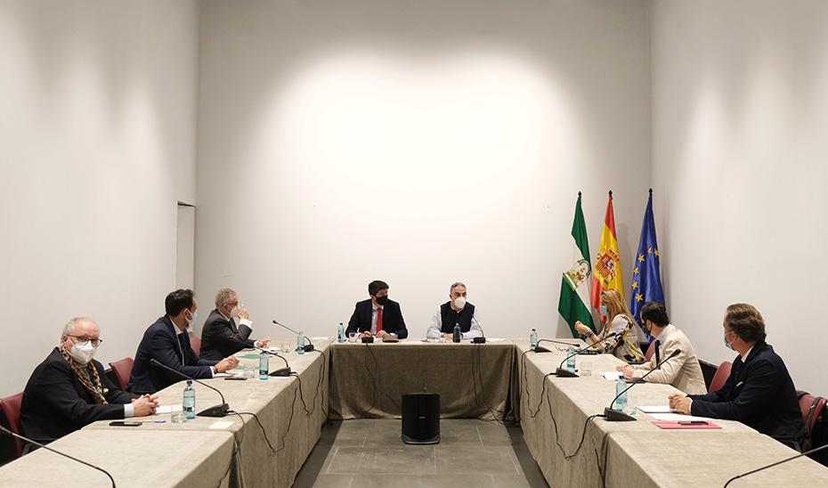 Marín cifra en 26.000 las empresas en ERTE que ya han solicitado las ayudas directas de la Junta