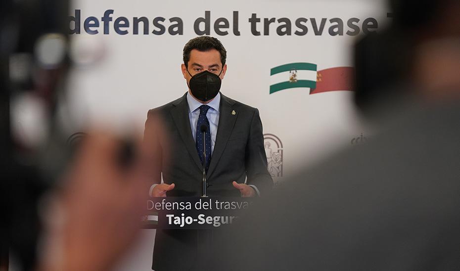 Intervención de Juanma Moreno tras la firma de la Declaración Institucional en Defensa del Trasvase Tajo-Segura