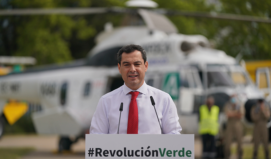 Moreno interviene en el acto de presentación del nuevo equipamiento para la extinción de incendios.