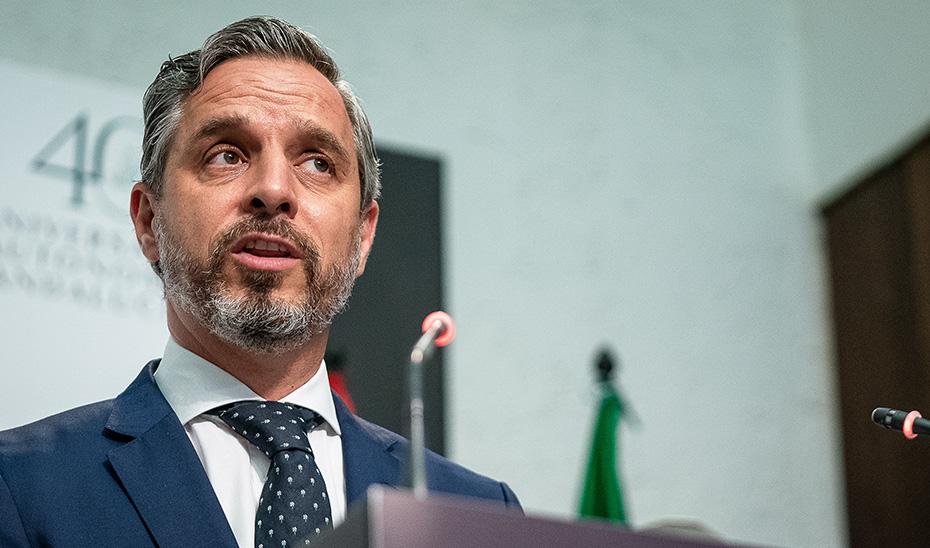 Juan Bravo anuncia la intención del Gobierno andaluz de adelantar la entrada en vigor de las rebajas fiscales