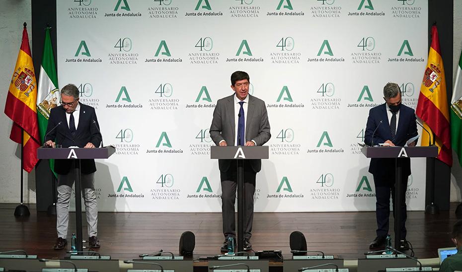 Comparecencia de Juan Marín, Elías Bendodo y Juan Bravo tras el Consejo de Gobierno (vídeo íntegro)