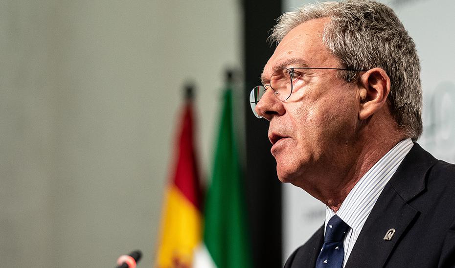 Velasco informa de la aprobación del decreto de creación de la Agencia TRADE