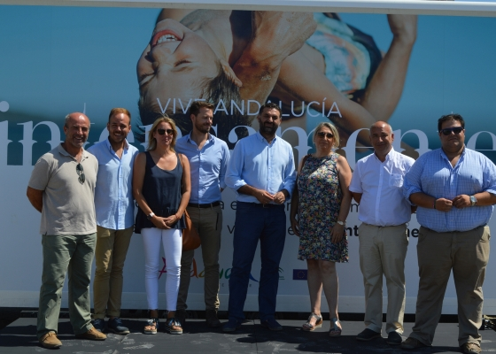 Andalucía desarrolla una acción promocional en las playas para fidelizar turistas de cara a la temporada otoño-invierno