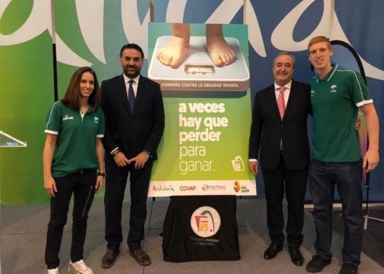 La Junta y la FAB colaboran en la lucha contra la obesidad infantil con la campaña 'A veces hay que perder para ganar'