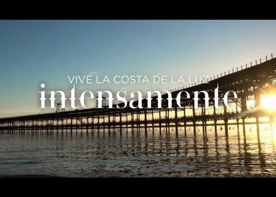La 'Costa de la Luz' impulsa la imagen de calidad de sus playas con el lanzamiento de una campaña de promoción específica