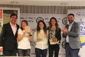 """Fernández destaca que """"en el mushing se unen deporte en la naturaleza y turismo al mismo tiempo"""""""