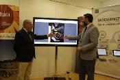 Las Oficinas de Turismo de Sevilla implantan un proyecto tecnológico de interacción con el viajero y trabajo en red