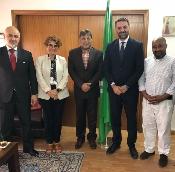 Fernández presenta 'Andalucía, tus raíces' a embajadores árabes como puente entre culturas y desarrollo turístico