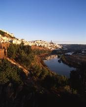 Andalucía promociona su oferta de turismo de interior en la 22ª edición de INTUR para atraer viajeros de Castilla y León
