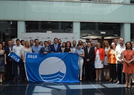La Junta destaca que las 'banderas azules' demuestran el compromiso de las administraciones con el turismo de calidad