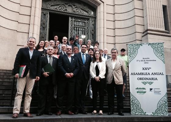 Fernández valora el papel de las casas regionales de Argentina en la preservación y difusión de la identidad andaluza