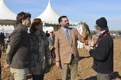 Fernández destaca el atractivo turístico del Campeonato de España de Cetrería al mostrar un arte reconocido por la Unesco
