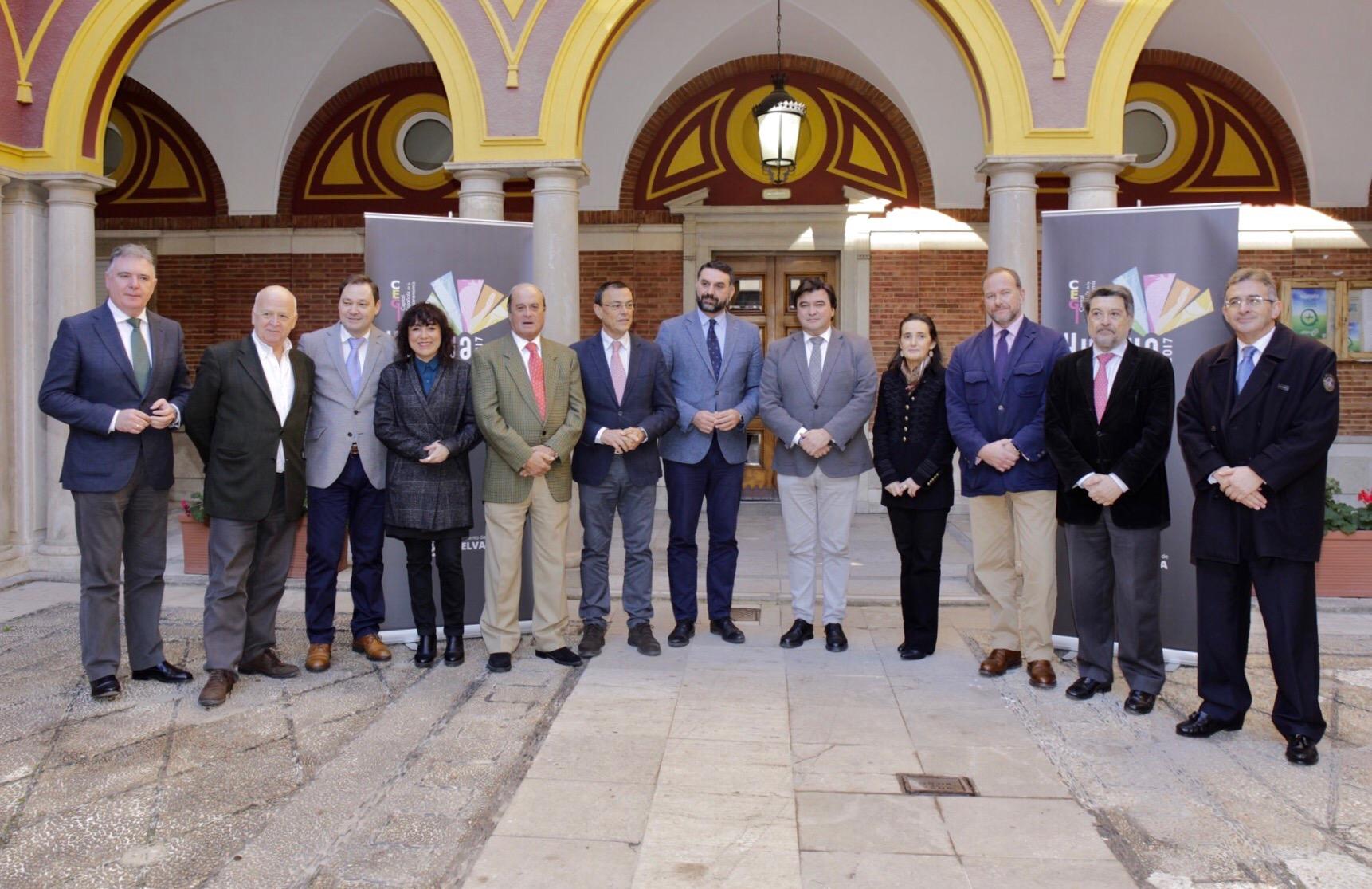 Fernández asistió a la constitución del comité institucional de Huelva como Capital Española de la Gastronomía 2017