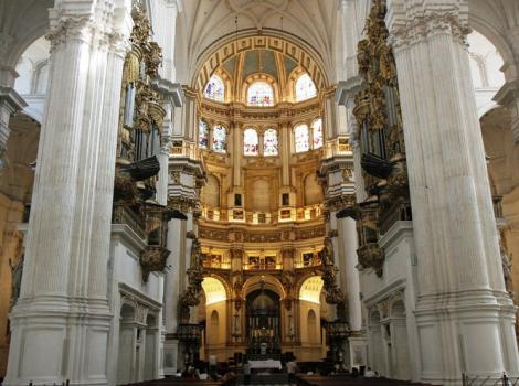 Catedral de granada destinos tur sticos accesibles en - Portes en granada ...