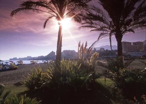 Fernández valora que los resultados de los establecimientos hoteleros confirman la prolongación de la temporada alta