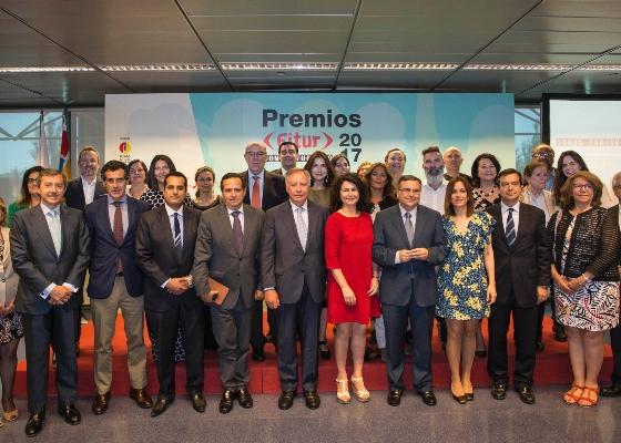 Andalucía recibe el premio de FITUR 2017 al mejor expositor de instituciones y comunidades autónomas