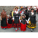 Show Traditional dress Image