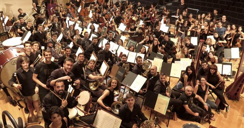 Prueba acústica de la Orquesta Joven de Andalucía en el Auditorio Manuel de Falla de Granada