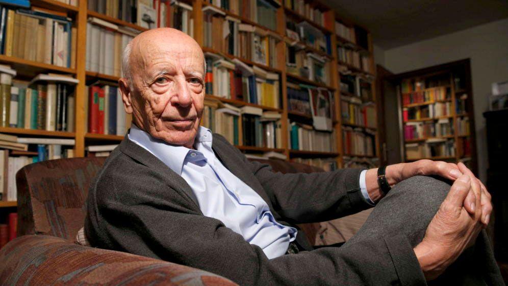 El filósofo sevillano Emilio Lledó, elegido Autor del Año 2020 por el CAL (Foto: EFE)