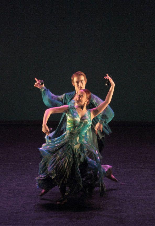 Taller 'Amalgama'. Pieza 'Ensueño', coreografía de Miguel Angel Corbacho (fotografía: CIRAE. Coral González)