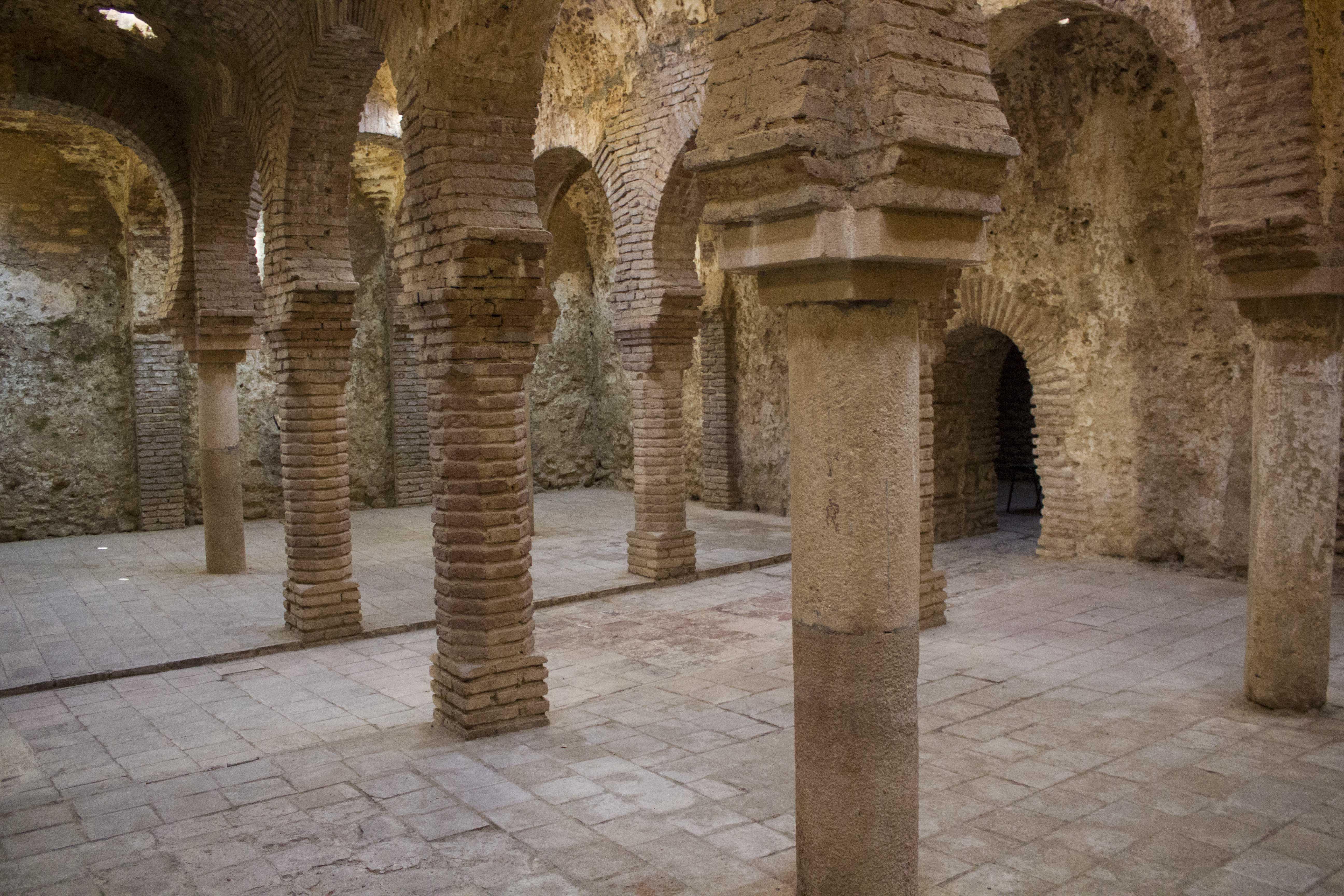 Baños Arabes De Malaga | Enclave Arqueologico De Los Banos Arabes De San Miguel Aaiicc