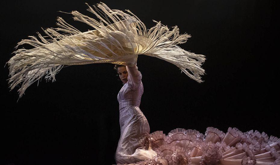 Actuación de una bailaora en una edición anterior de Flamenco Viene del Sur