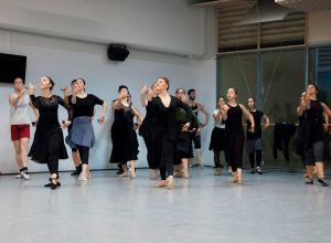 Clases de danza española (fotografía: Ro Menéndez)