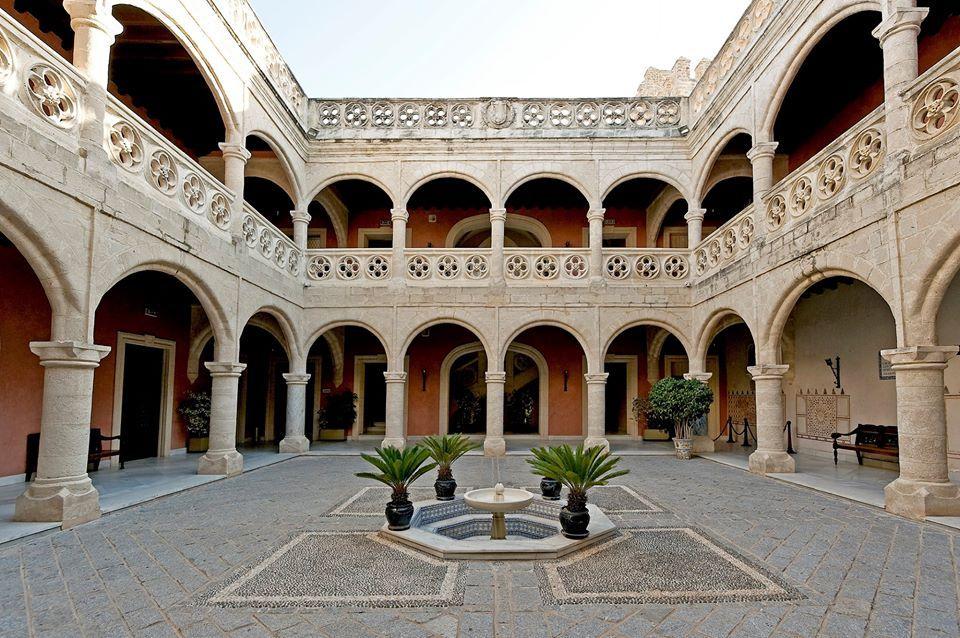Palacio Municipal Castillo de Luna. Foto: Rota Turismo