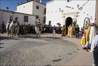 Arengas en la plaza de la Iglesia Autor: Ana Belén García Muñoz Fecha: 2009 Fuente: Instituto Andaluz del Patrimonio Histórico
