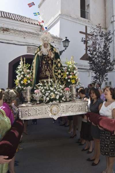 Procesión de la Virgen del Amparo Autor: Ana Belén García Muñoz Fuente: Instituto Andaluz del Patrimonio Histórico