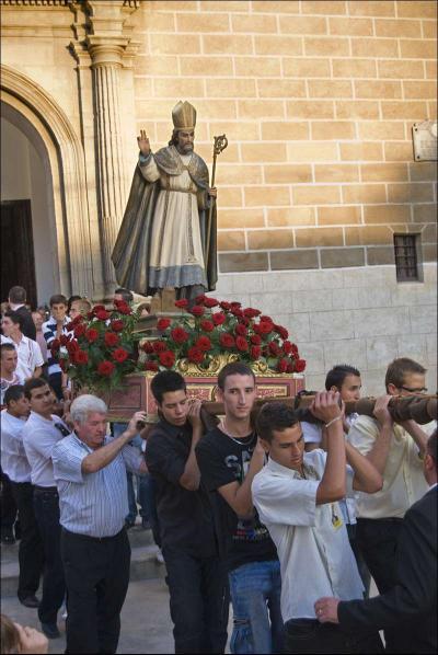 Salida de la imagen de la iglesia parroquial Autor: José Miguel Mejías del Río Fecha: 2009 Fuente: Instituto Andaluz del Patrimonio Histórico