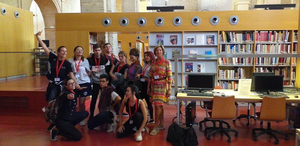 Alumnos de 1 de teatro textual ESAD Sevilla