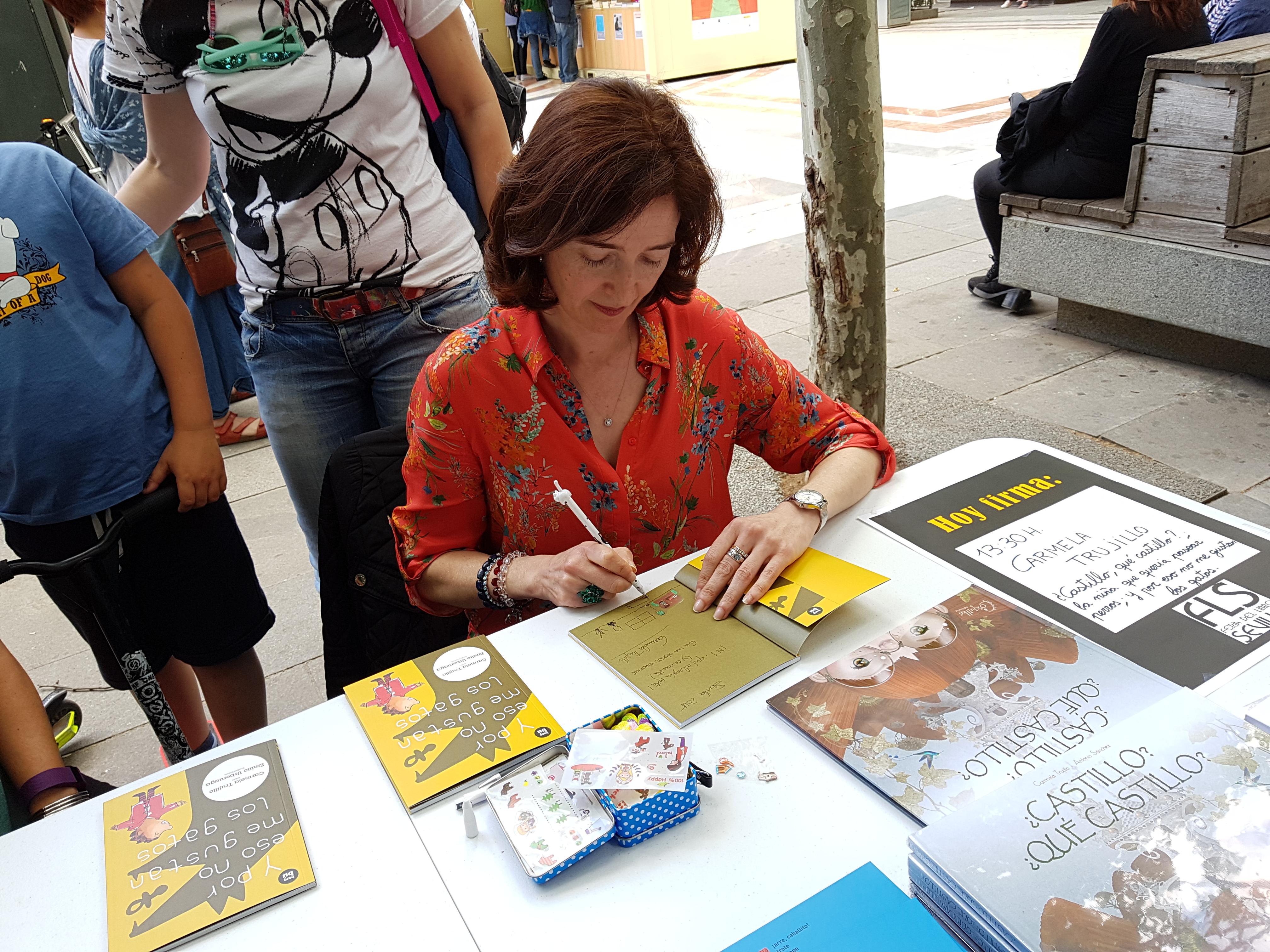 Feria del Libro 2 (20180512_141545.jpg)