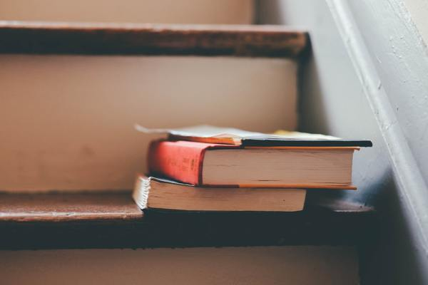 Fondo ( books-education-indoors-159675.jpg )