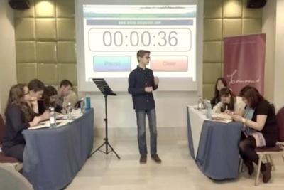 Debate (Debate 1.JPG)