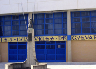 Com Linguística ( IES_LuisVelez.jpg )