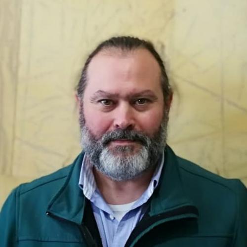 15 FONTANERÍA Y CALEFACCIÓN: Andrés Viedma Campiña, profesor del IES La Rosaleda (Málaga).