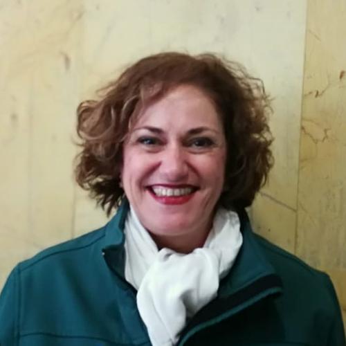 30 ESTÉTICA: María del Carmen Calderón Fernández, profesora del IES Profesor Isidoro Sánchez (Málaga)