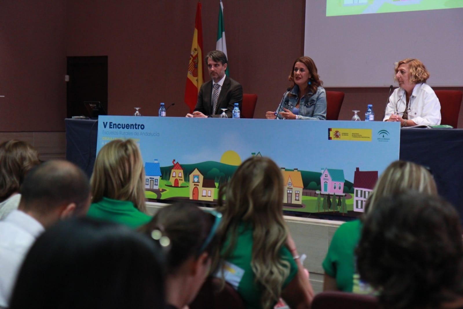 La consejera en el V Encuentro de Escuelas Rurales en Andalucía.