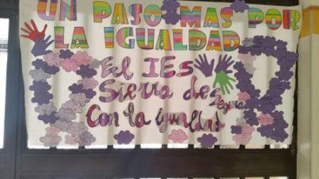 Día.contra.la.vionencia.de.género (IES.BEAS.SEGURA.2.jpg)