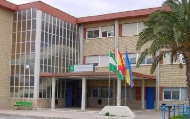 Fachada del IES Gaviota de Adra (Almería)