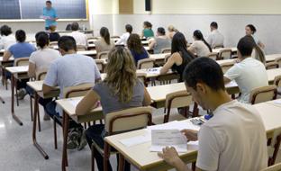 Aspirantes en el examen