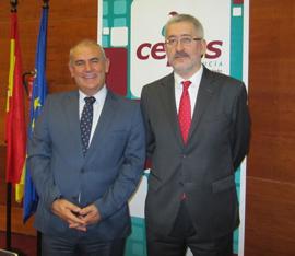 Consejero de Economía con presidente de CEPES Andalucía.