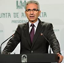 Miguel Ángel Vázquez durante la comparecencia informativa tras el Consejo de Gob