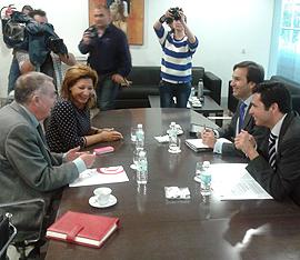 Reunión de Junta con AGI