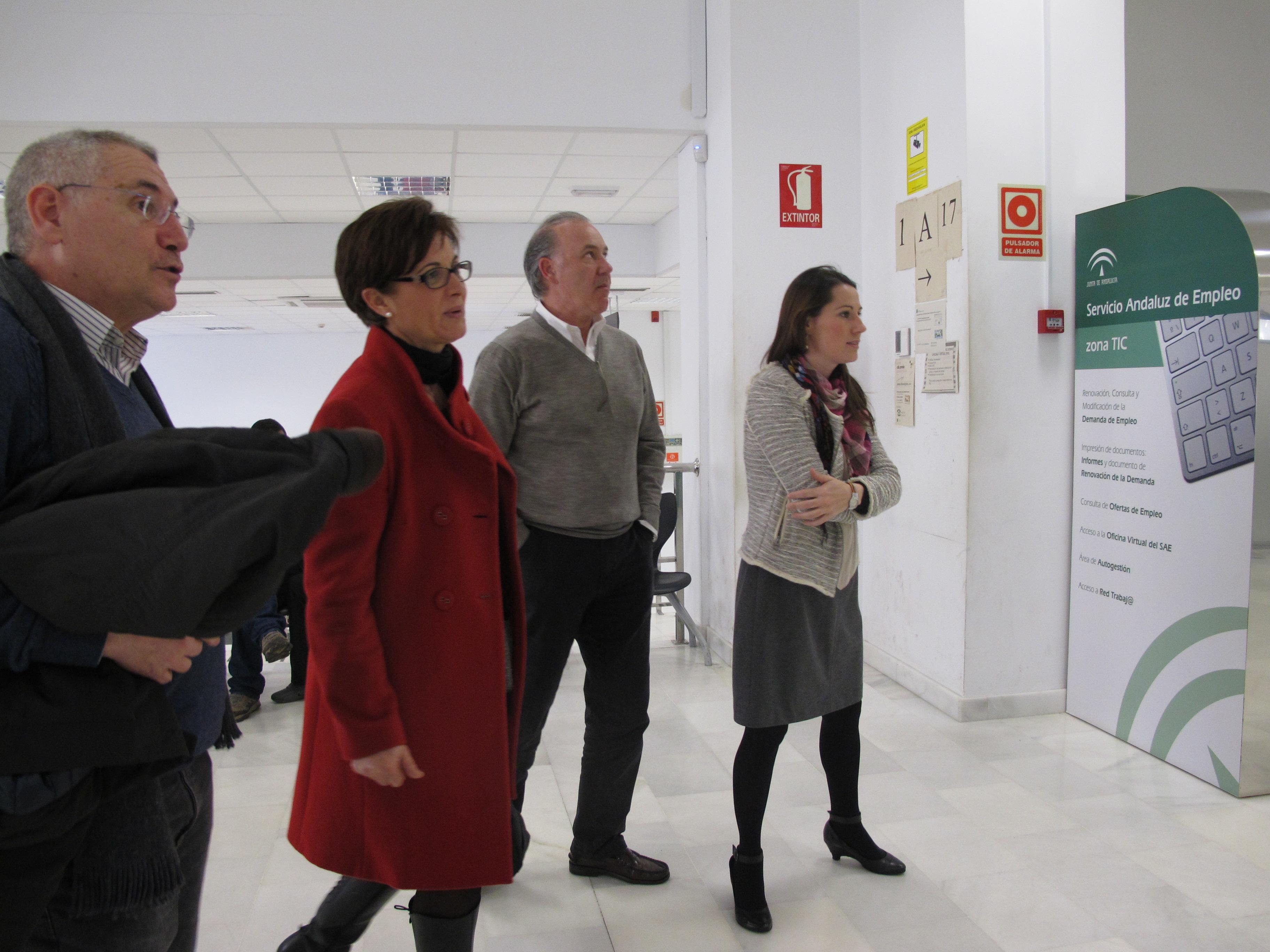 Junta de andaluc a almer a el 88 de las renovaciones for Oficina del sae