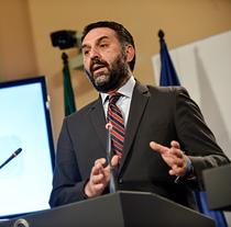 Francisco Javier Fernández, Consejero de Turismo y Deportes
